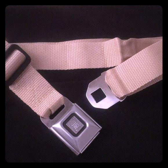 Buckle-Down Seatbelt Belt Alice In Wonderland XL